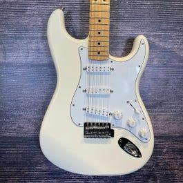 Fender Player Stratocaster (Blonde)