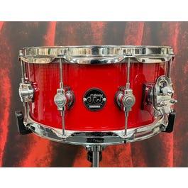 """Drum Workshop Drum Workshop  6.5"""" X 14"""" Performance Series Steel Snare in Gloss Red"""