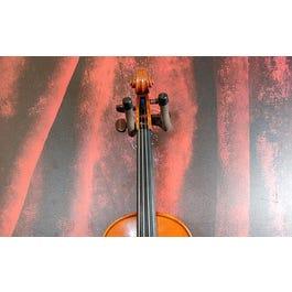 Yamaha Yamaha AV-5 4/4 Violin with Case