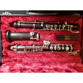 Howarth London wooden oboe outfit
