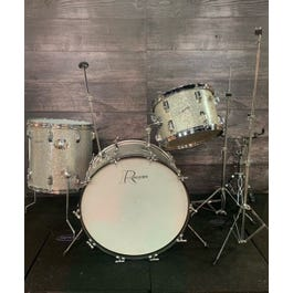 Rogers Mid-1960's Holiday Model 3-piece Drum Kit