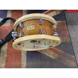 Tama SLP Studio Maple snare W/ wood rims and carrying case