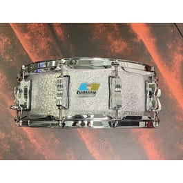 """Ludwig Classic Maple 5"""" x 14"""" inch Snare Drum (Silver Sparkle)"""