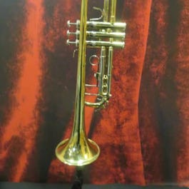 Bach TR500 Student Trumpet with Case
