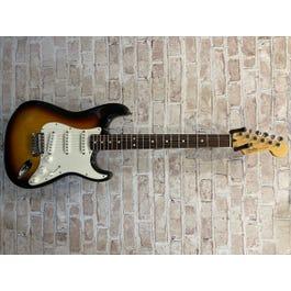 Fender Fender Standard Stratocaster Sunburst RW