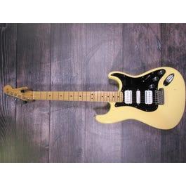 Fender MIA Stratocaster (Buttercream)