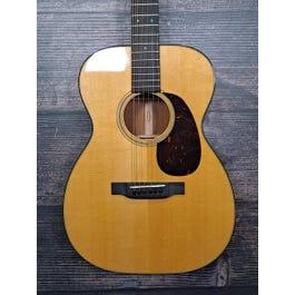 Martin 00-18 Acoustic Guitar (Natural)