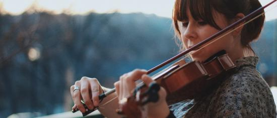 Specialized Fiddling Styles Outside the Classical Realm
