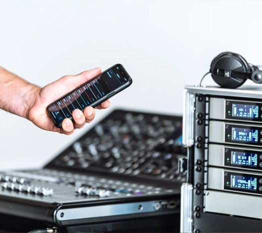 The power of Bluetooth Low Energy puts full control right in the palm of your hand with theSennheiser Smart Assist app.