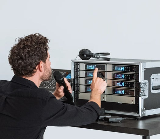 Evolution Wireless Digital features an equidistant tuning grid previously only found in Sennheiser's flagship Digital 6000 and Digital 9000 wireless systems.